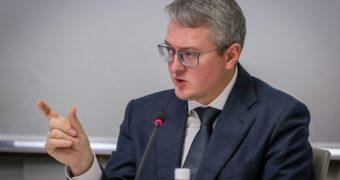 Владимир Солодов: Ни одна школа и ни одно медучреждение в труднодоступных селах не будут закрыты