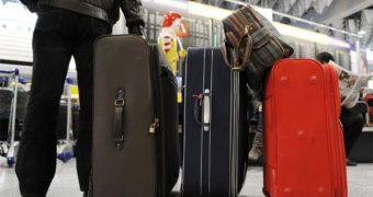 Трудящимся, работающим в районах Крайнего Севера и приравненных к ним местностях перенесут право на оплату стоимости проезда и провоза багажа к месту использования отпуска на следующий год Copy